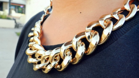Massive Chains are Back in Fashion