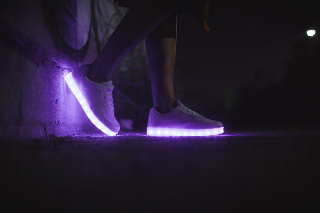 shoes 2425122 1920