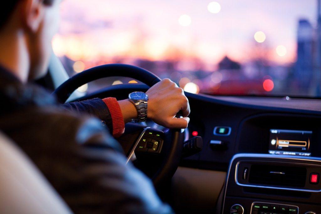 automobiles 1624620444